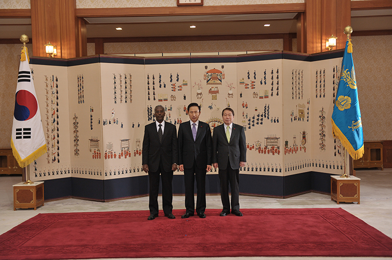 Presentation-of-the-Letters-of-Credence-Korea.2
