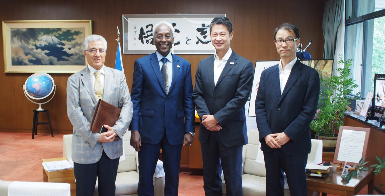 H.E. Ambassador Ahmed Araita Ali delivered a lecture at Hiroshima University